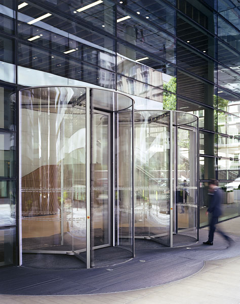 004_watermark_place_new_entrance_revolving_doors_by_Gartner