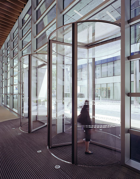 005_watermark_place_revolving_doors
