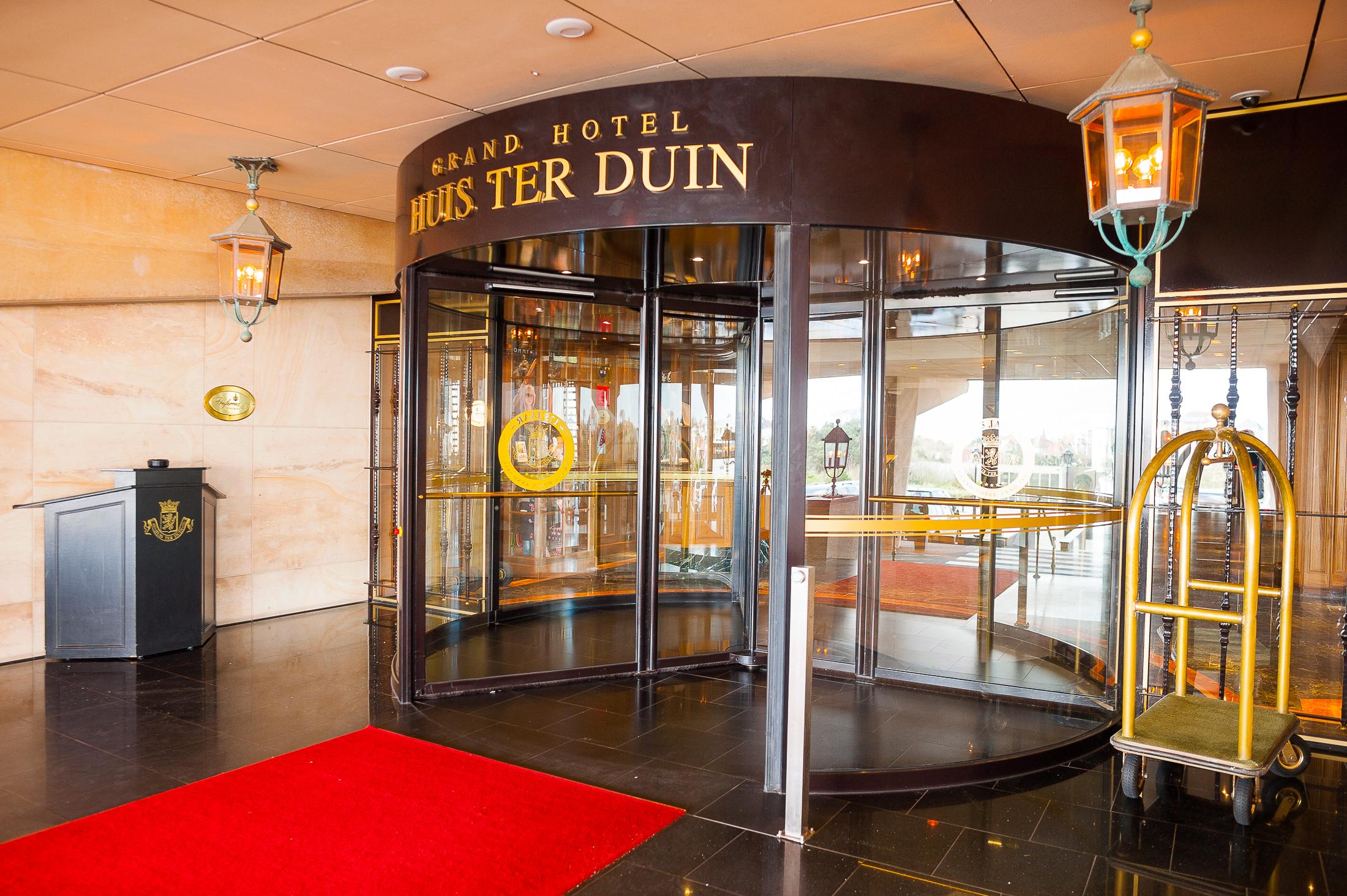 Hotel automatische exclusieve entree deuren bauporte design entrances - Deco entree in het huis ...